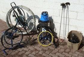 Equipement pour le ramonage et le débistrage de cheminées